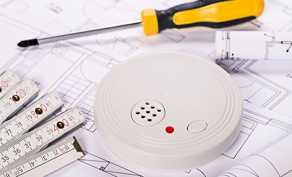 Installation of a smoke detector